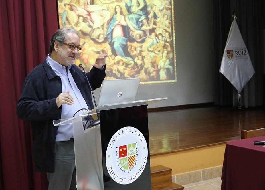 """Concluyó el ciclo de conferencias """"Fides y Humanitas"""""""